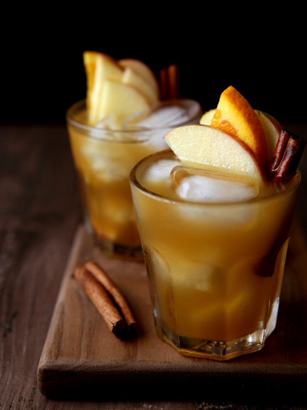 Apple Cider Old Fashioned Cocktail   Completely Delicious Apple Cider Old Fashioned Cocktail   completelydelicious com