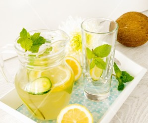 Coconut Water With Lemon and Mint