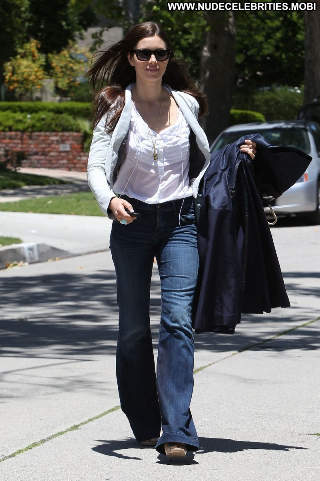 Jessica Biel Hot Brown Hair Actress Sexy Jeans Posing Hot Celebrity