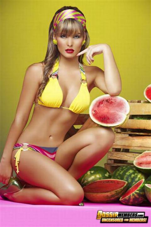 Melissa Giraldo Summer Model Bikini Famous Showing Tits Babe