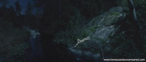 Kirsten Dunst Nude Sexy Scene Melancholia River Nude Scene