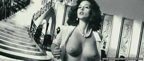 Monica Bellucci Malena Fantasy Shirt Topless Bed Actress Hd