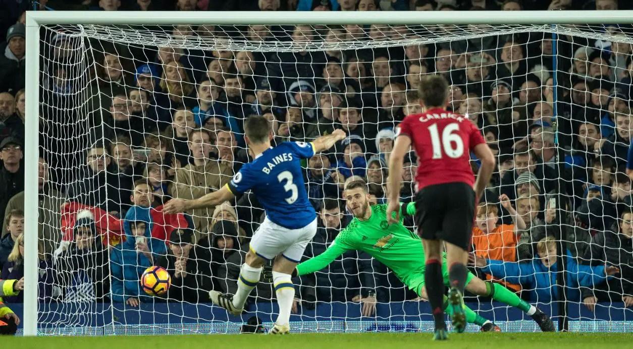 Everton Peg Back Lacklustre Man United
