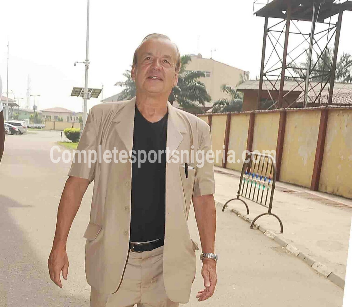 Rohr: Super Eagles Focus Is On South Africa, Not Cameroun