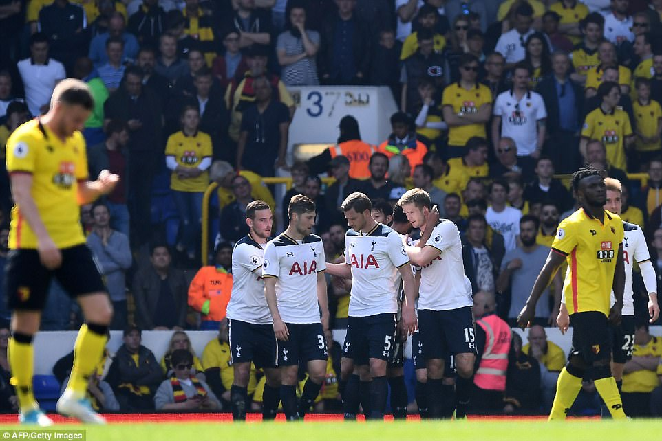 Success Starts As Spurs Maul Watford, Close Gap on Chelsea