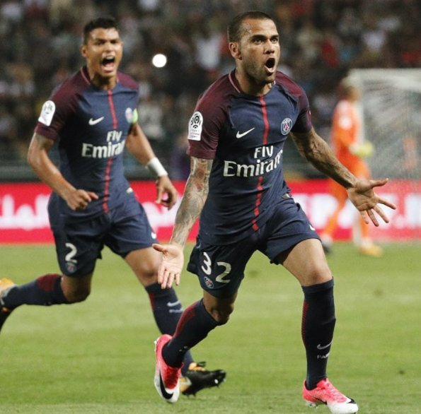 Alves Fires PSG Past Monaco In French Super Cup