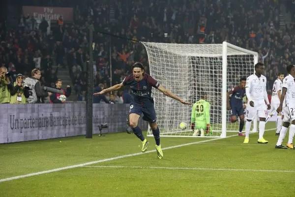 Cavani Bags Brace As 'Neymar-less' PSG Ease Past Nice