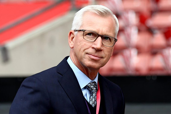West Brom Confirm Pardew As New Coach