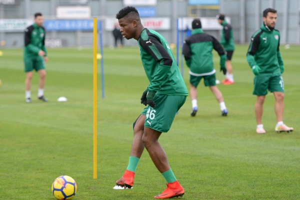 Mikel Agu Set To Return For Bursaspor After Injury Lay-Off
