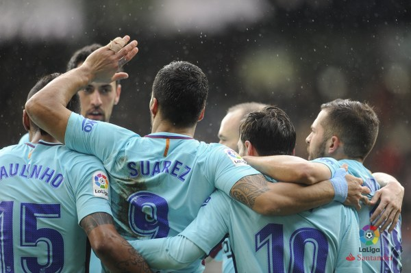 Barcelona Ease Past 10-Man Eibar, Set Club Record