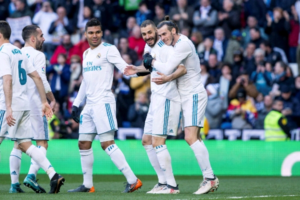 Ronaldo, Bale, Benzema Fire Real Madrid Past Alaves