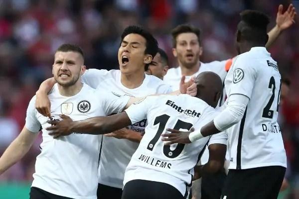 Eintracht Frankfurt Stun Bayern Munich In German Cup Final