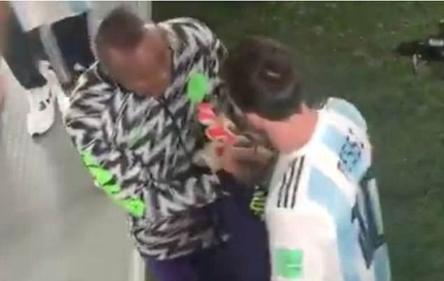 Ezenwa Happy To Get Messi's Jersey After Super Eagles Defeat