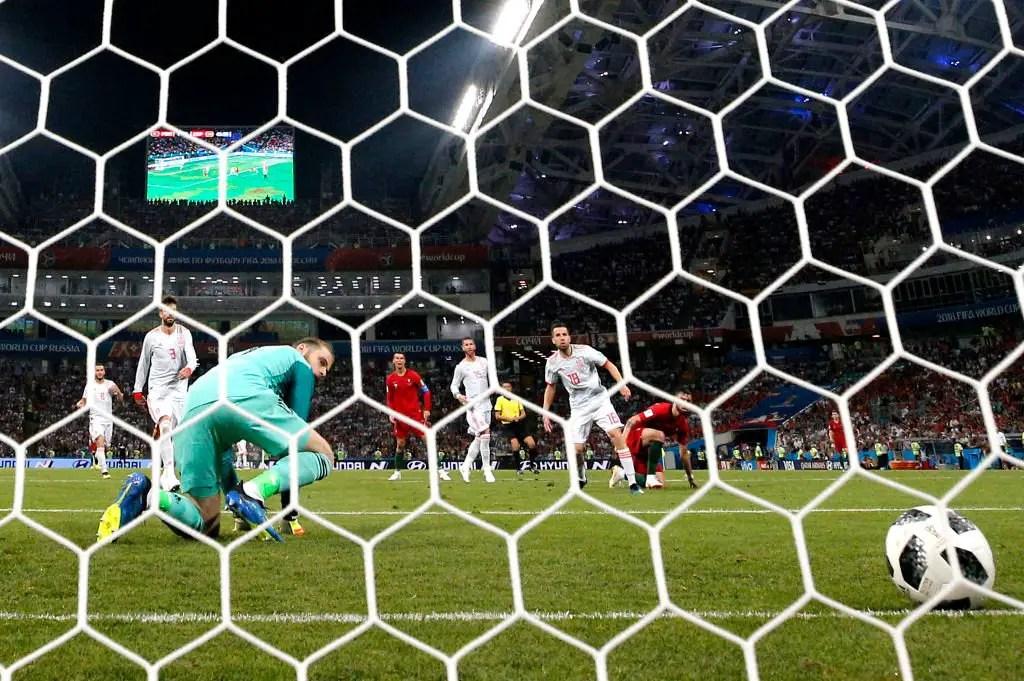 Mourinho Defends De Gea, Backs Keeper To Bounce Back After Howler Vs Portugal