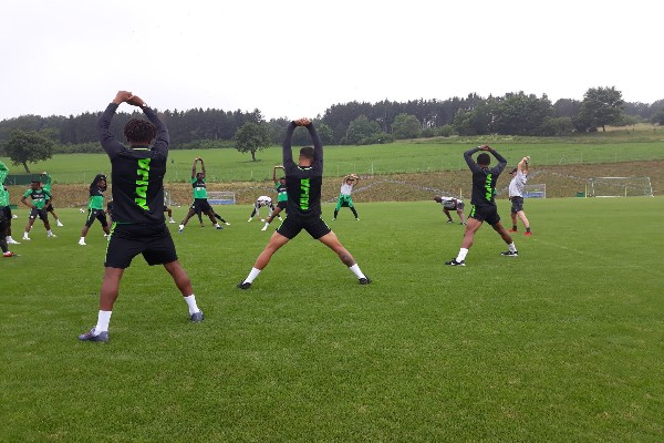 Excited Essentuki Fans Storm Super Eagles First Training Session