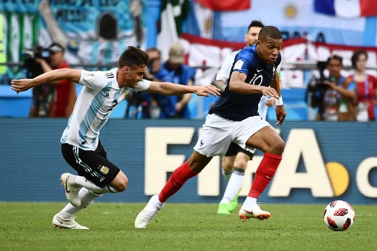 Uruguay Coach Tabarez Expects Tough Time Handling France's Griezmann, Mbappe
