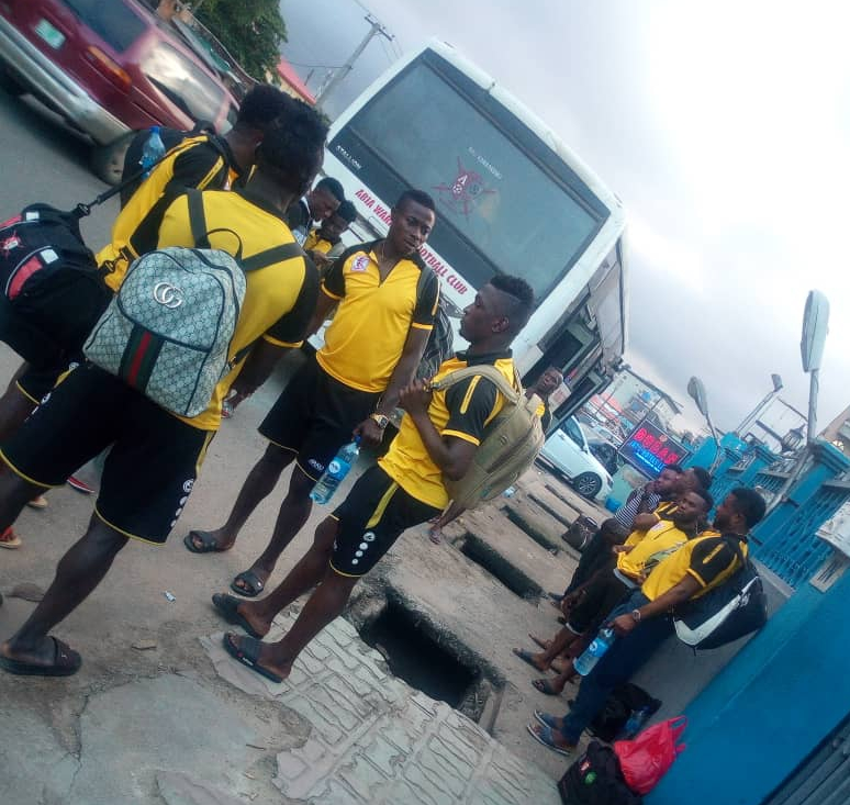 Aiteo Cup: Abia Warriors Players Escape Armed Robbery Attack En Route