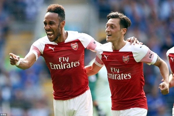 Emery Hails Underfire Star Ozil For Impressive Showing In Arsenal Win Vs Cardiff City