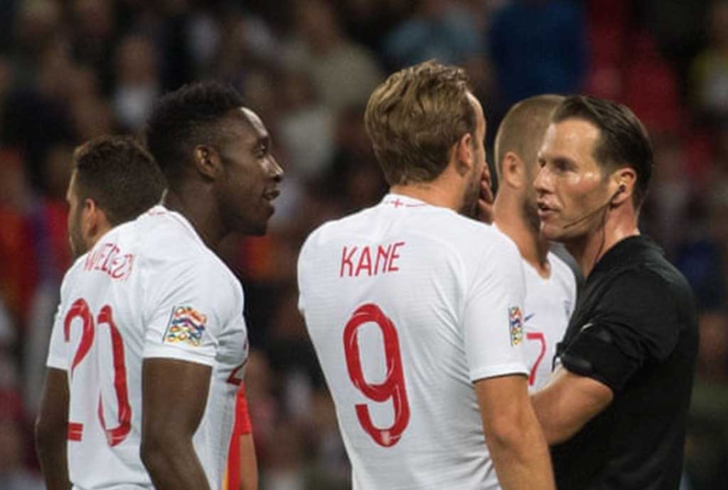 Kane Hits Out At Ref