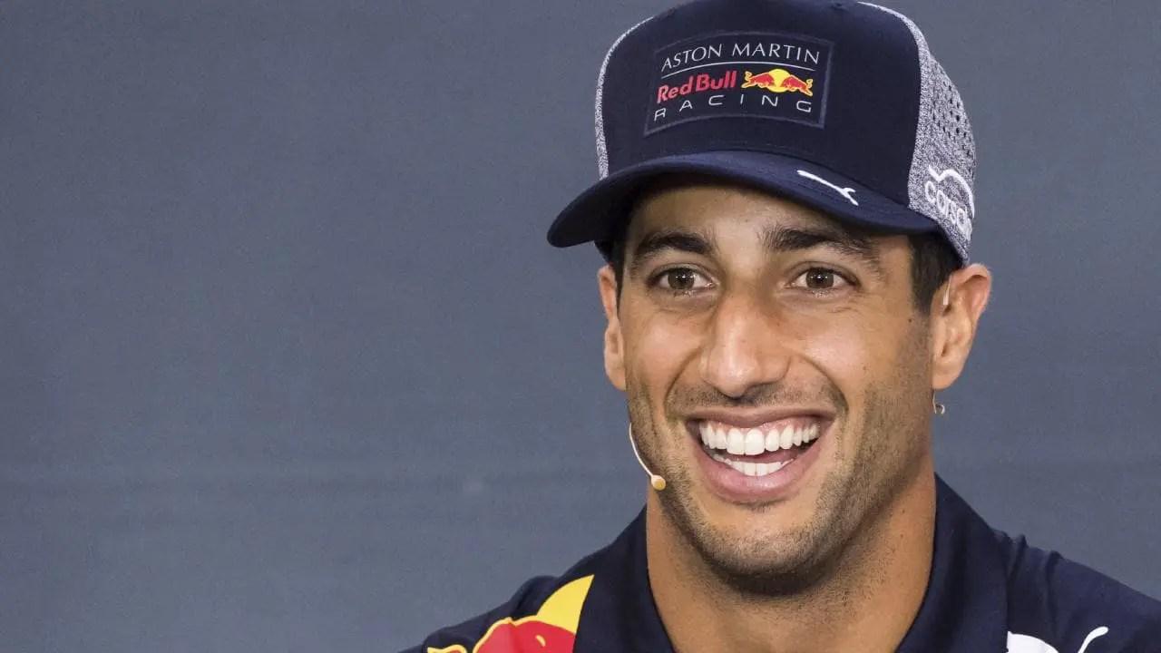 Ricciardo Takes Mexico Pole