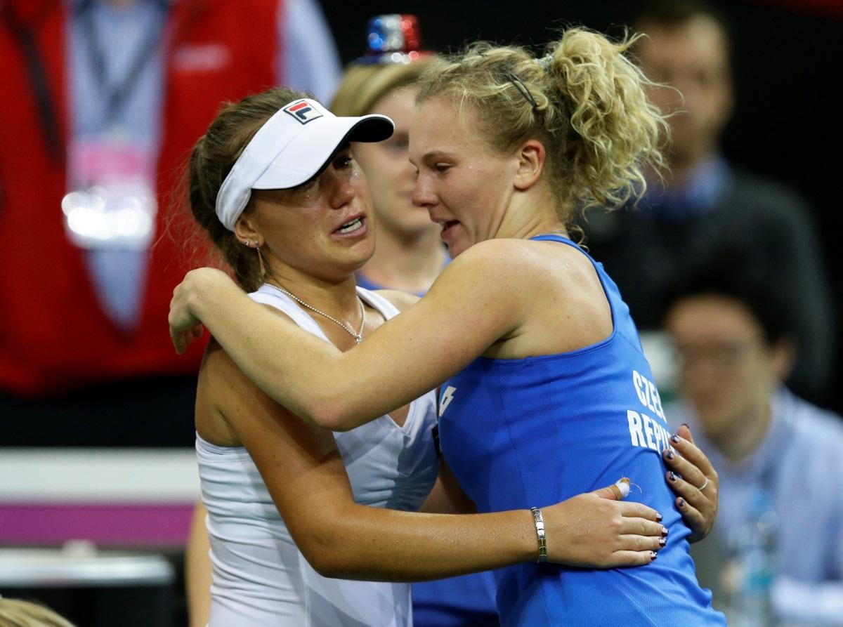 Siniakova Seals Czech Fed Cup Joy