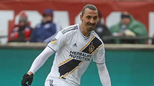 Ibrahimovic Re-signs With LA Galaxy For 2019