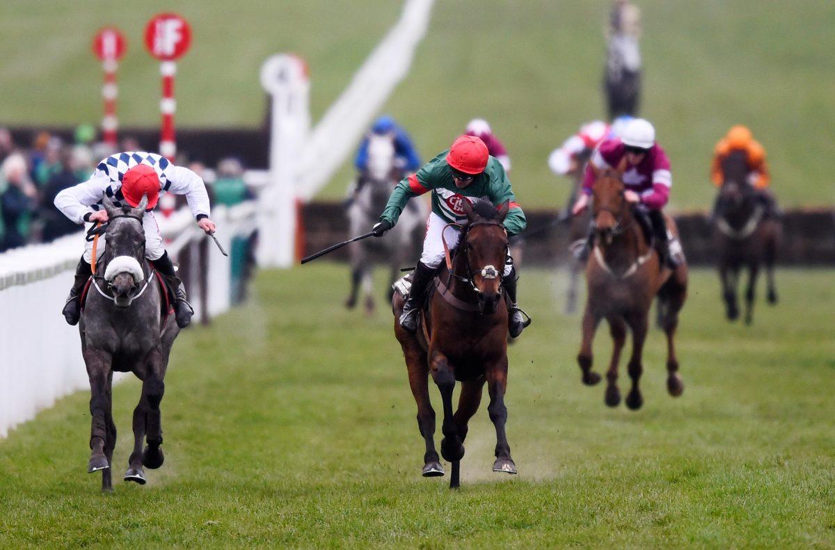 Unowhatimeanharry 'Fine' after Ascot fall
