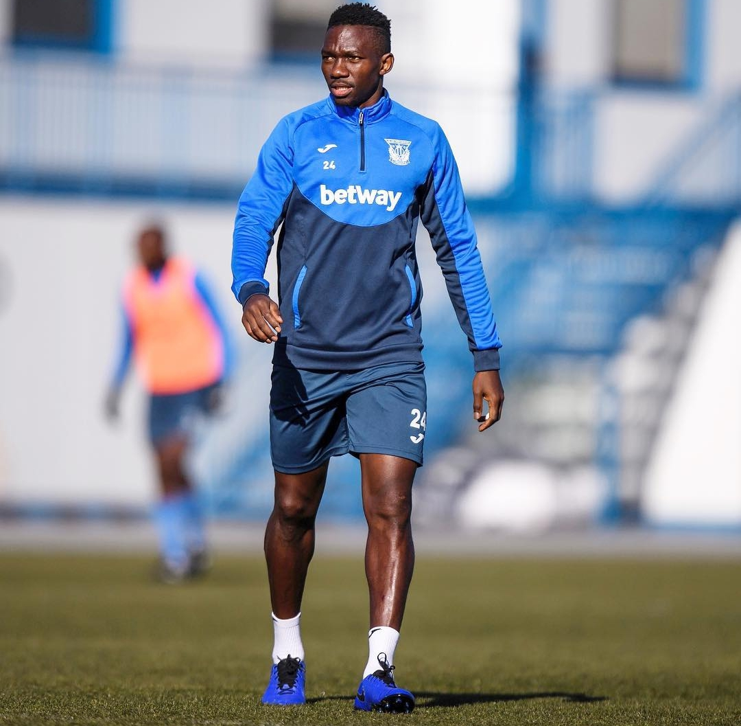 Chelsea, Leganes Yet To Reach Agreement On €7m Omeruo For Permanent Transfer