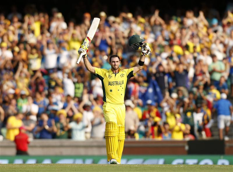 Maxwell Shines in Aussies Win