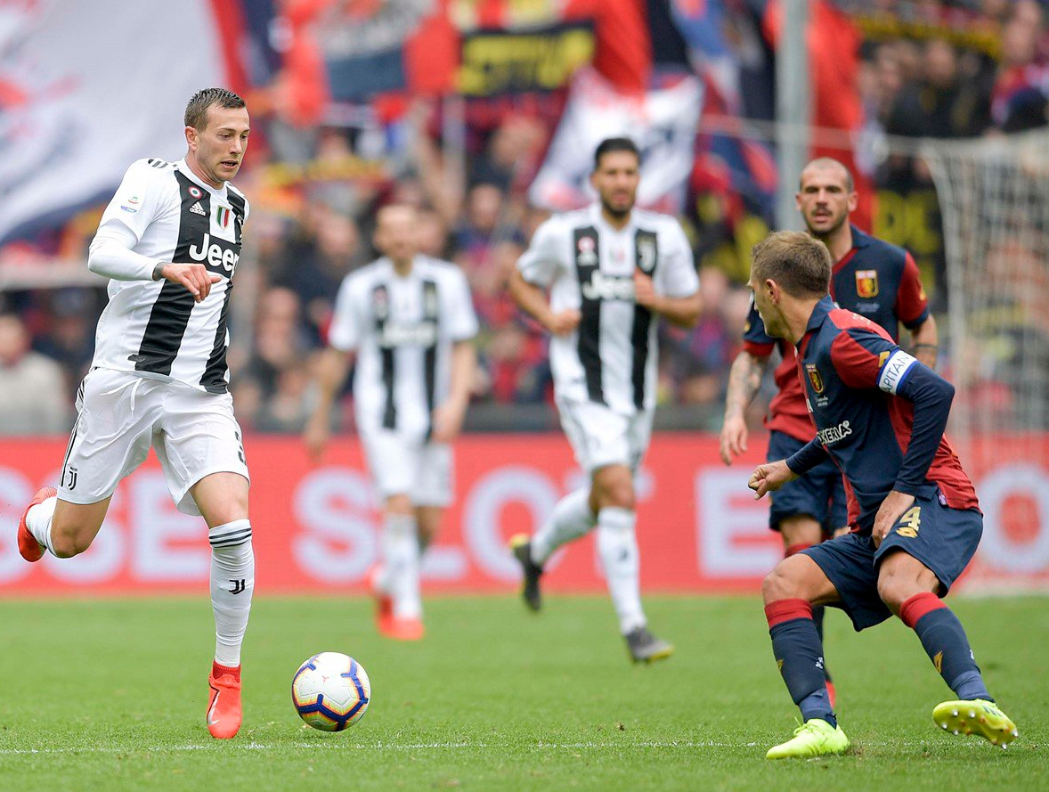 Serie A: Ronaldo-less Juventus Record First Defeat of Season At Genoa