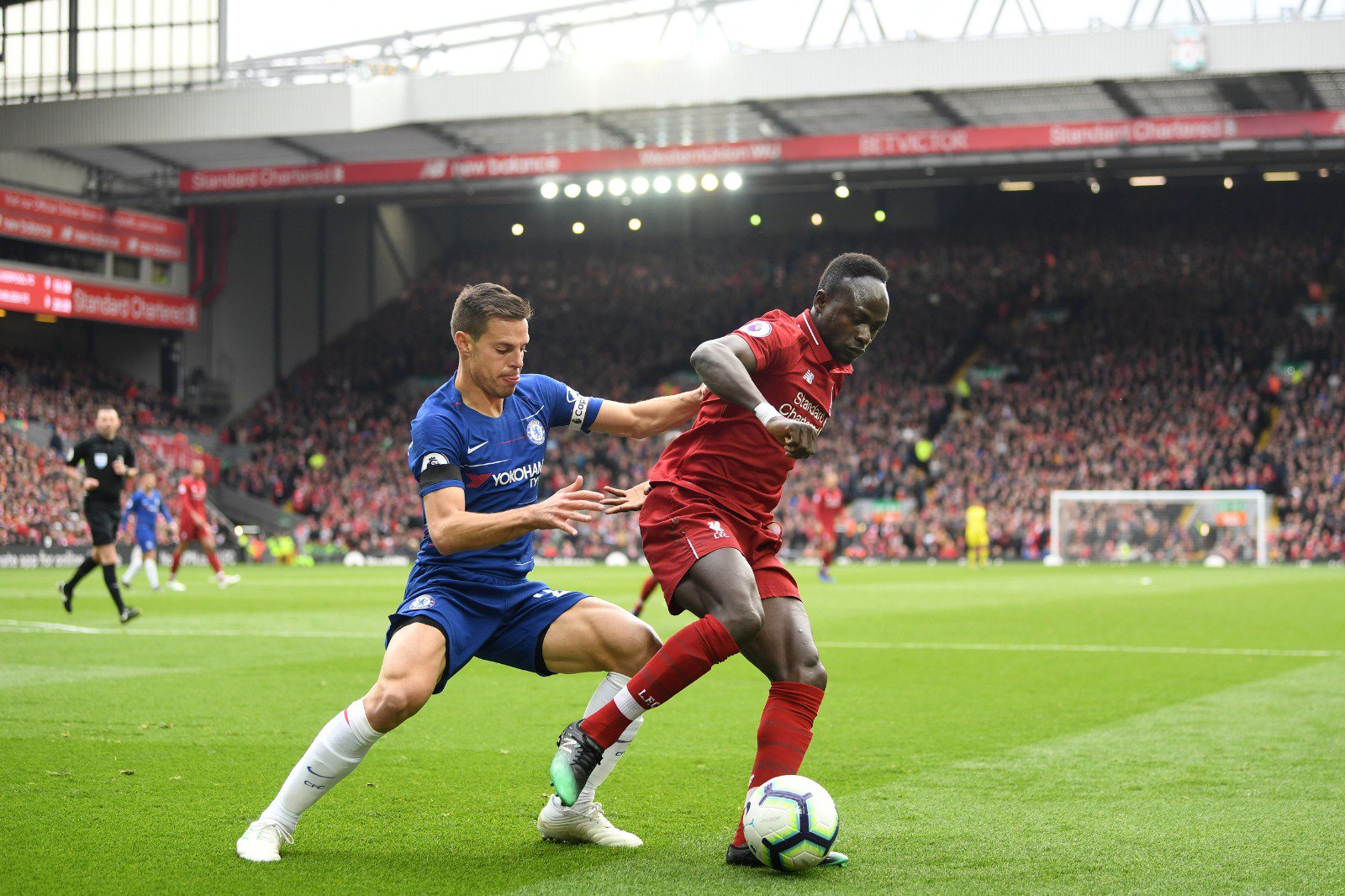 Liverpool Edge Chelsea At Anfield To Regain EPL Top Spot
