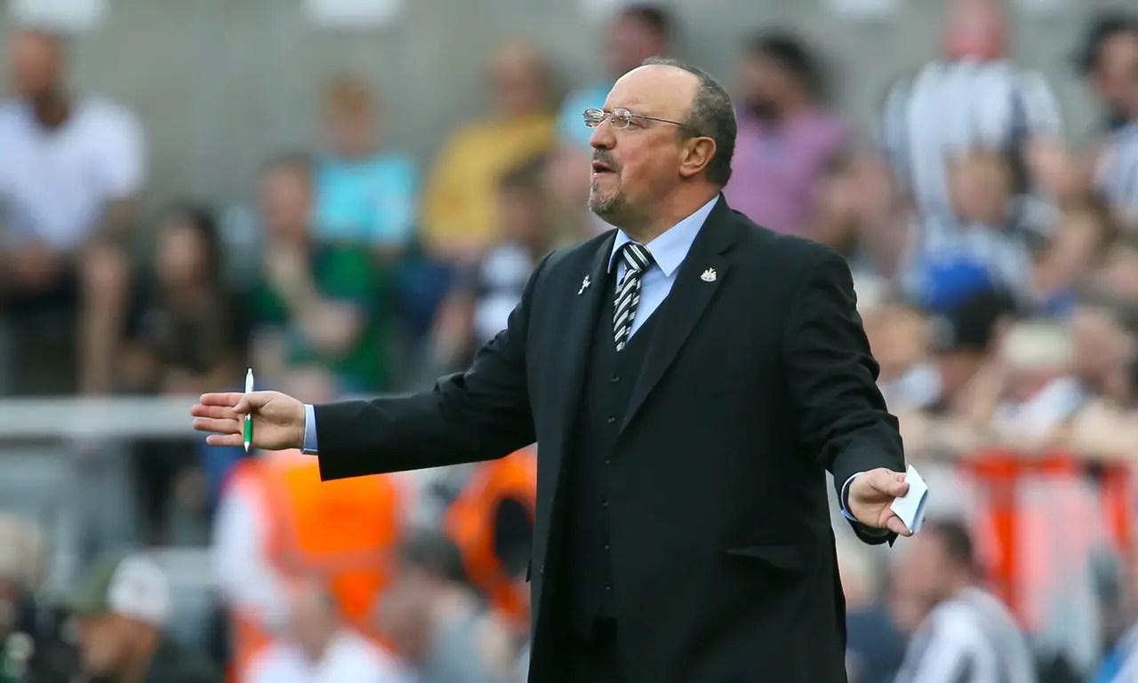 Benitez Waiting On Future As PSG Linked