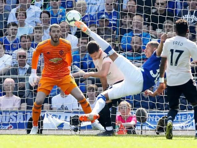Everton Thrash Man United To Go 7th In EPL
