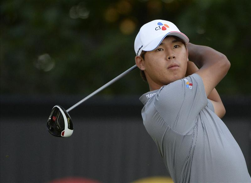 Kim Four Clear After Second-Round Ace