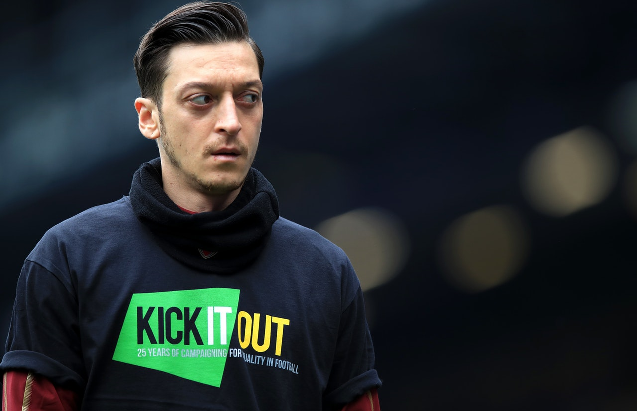 Ozil Not Ready To Leave – Agent