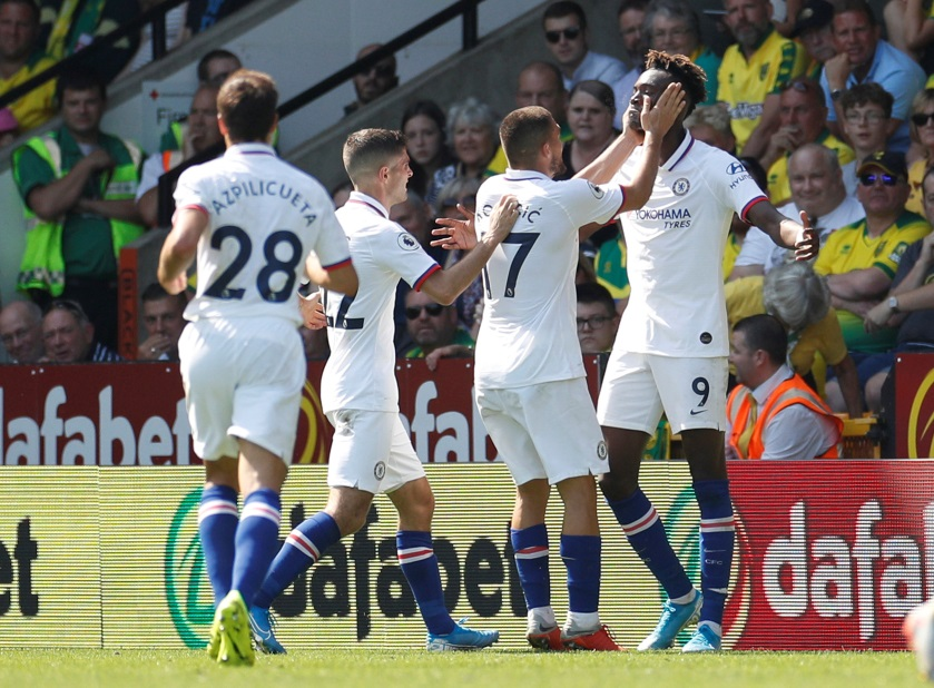 Lampard Quick To Praise Abraham