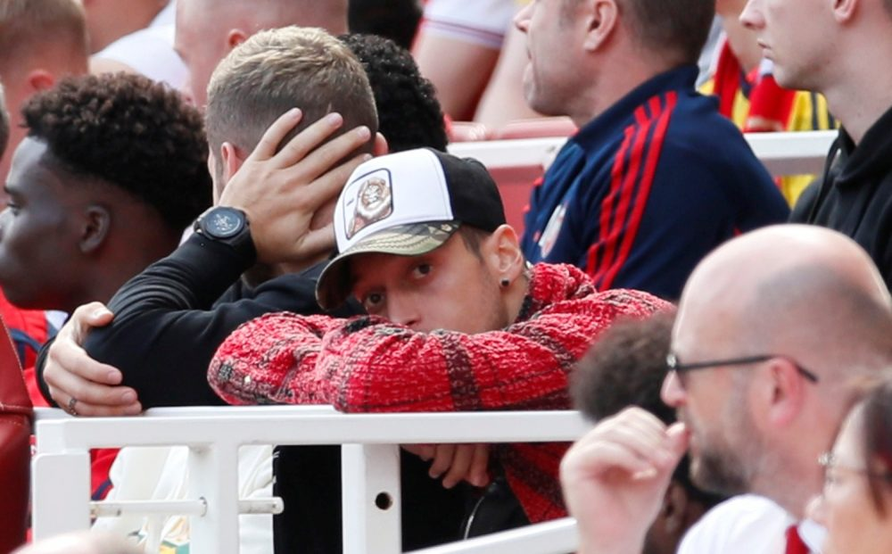 Ozil Not Seeking Arsenal Exit