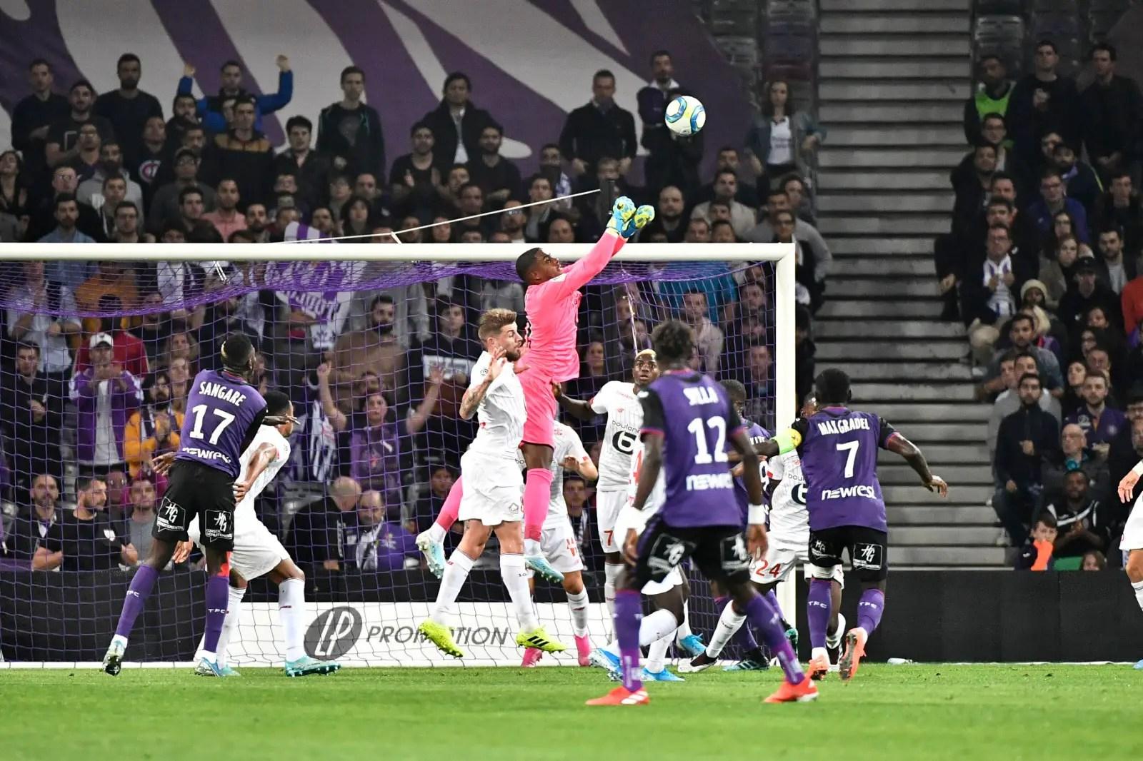 Lille Coach Gatlier Defends Osimhen's Poor Away Scoring Record