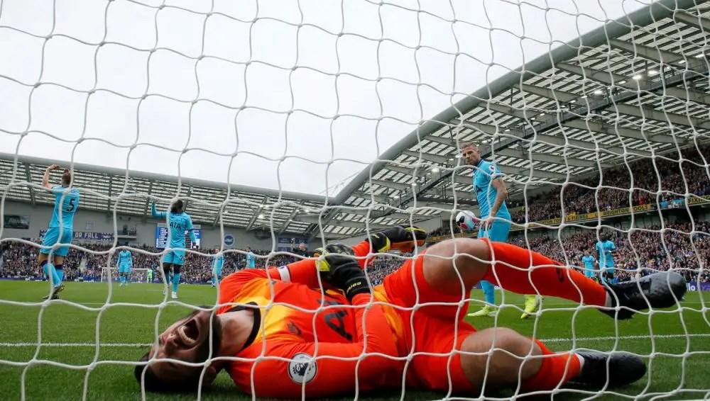 Tottenham Confirm Lloris Elbow Injury