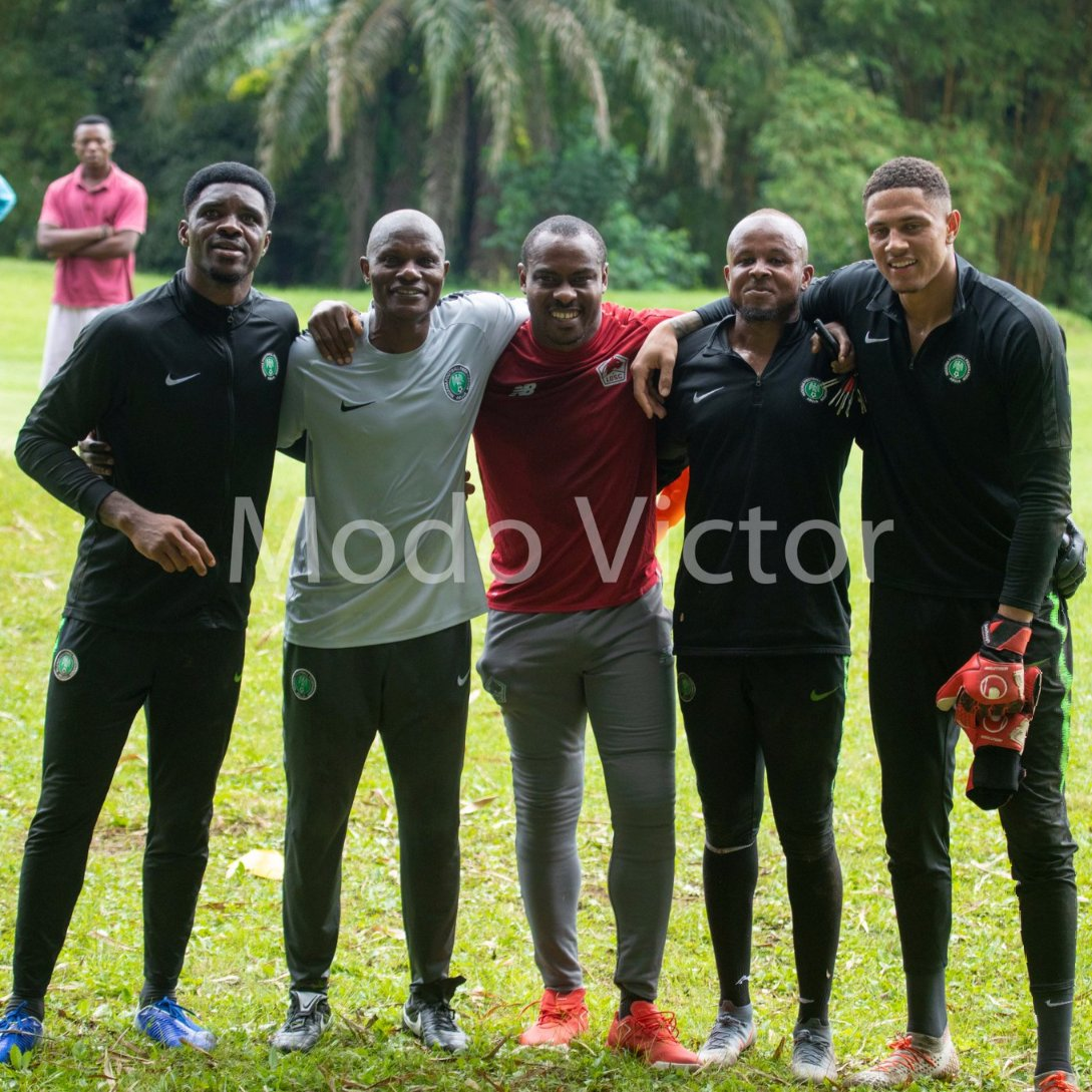 Enyeama Visits Eagles in Camp, Wishes Team Good Luck Vs Lesotho