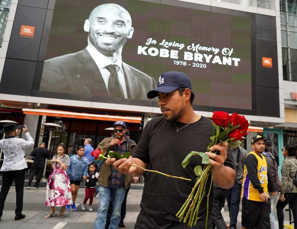 Sports Minister Dare, Kanu, Moses Pay Tribute to Late Kobe Bryant