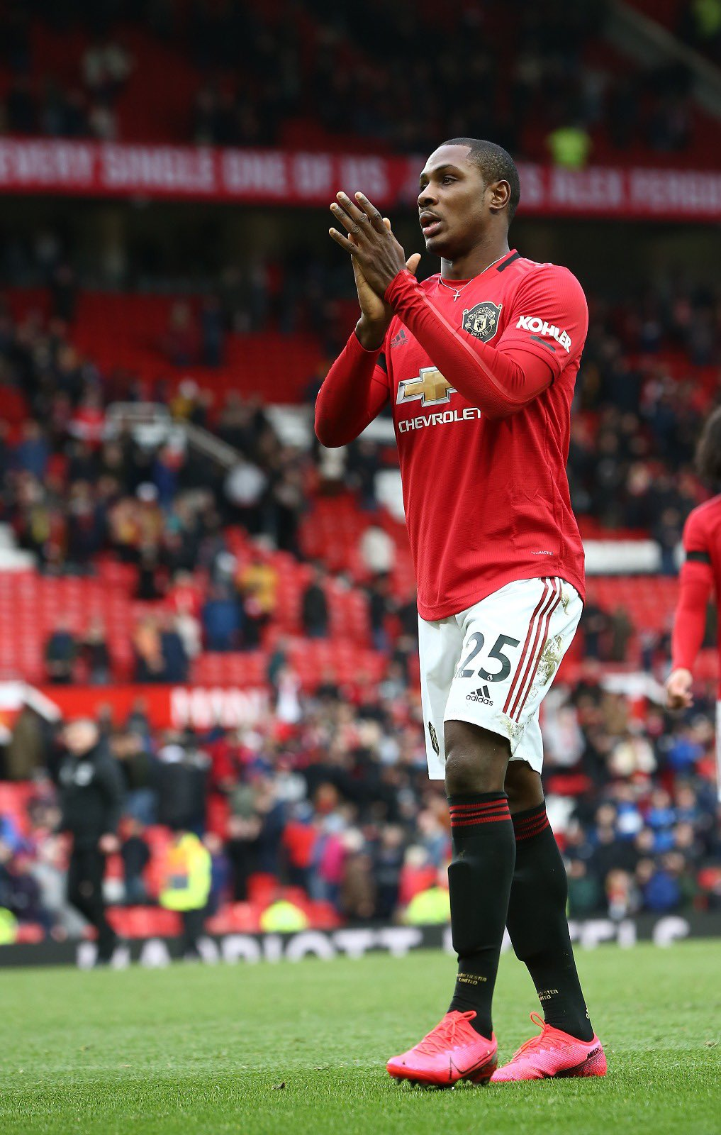 EPL: Ighalo Denied By Pickford As Everton, Man United Share The Spoils At Goodison Park