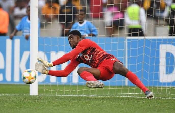 Akpeyi Has 'Unbelievable Character'- Kaizer Chief Boss Middendorp