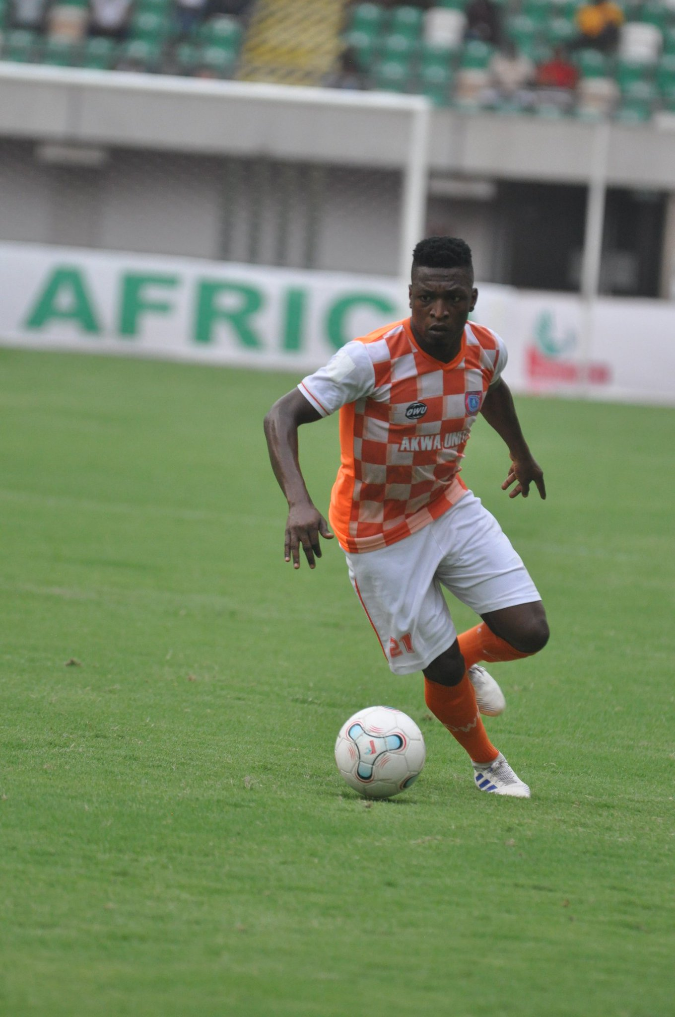 NPFL: Akwa United's Effiong First to reach Double Figures in Battle for Eunisell Boot