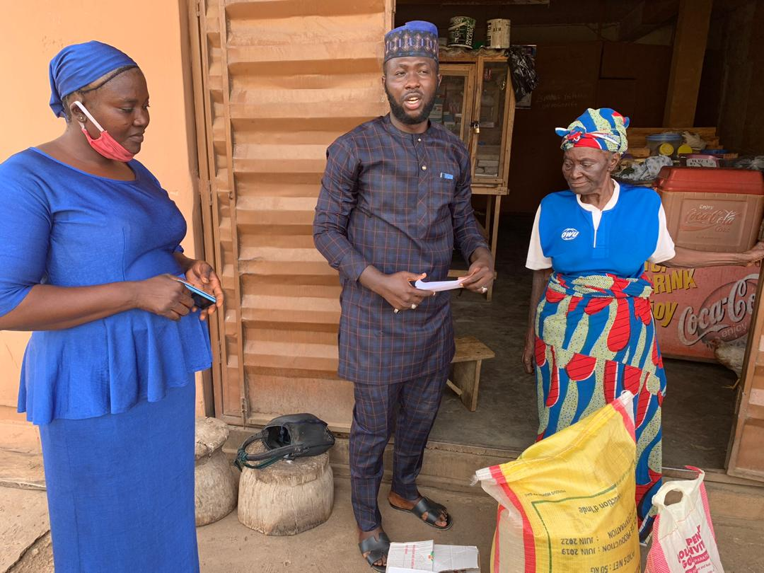 Sports Minister Dare Donates Food Items To Yekini's Mother, Pledges Monthly Stipend