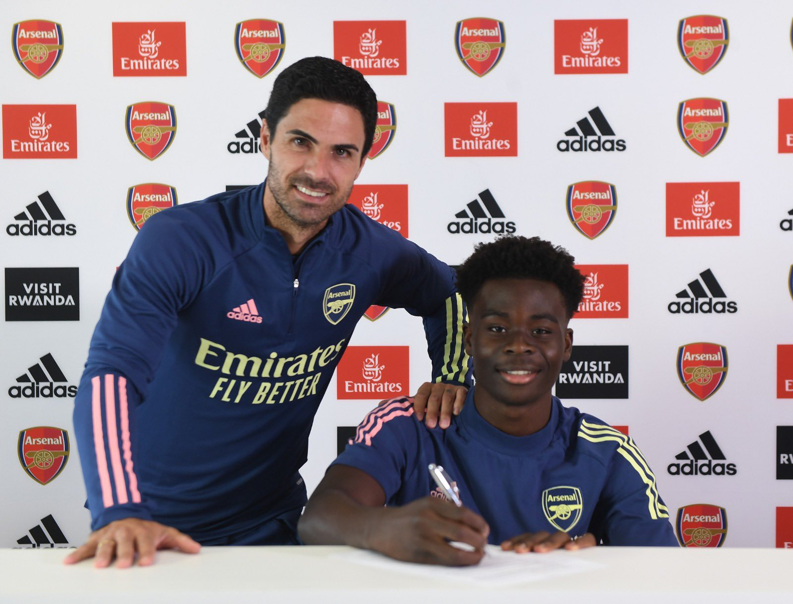 Ferdinand Urges Arteta To Build Arsenal Team Around Saka