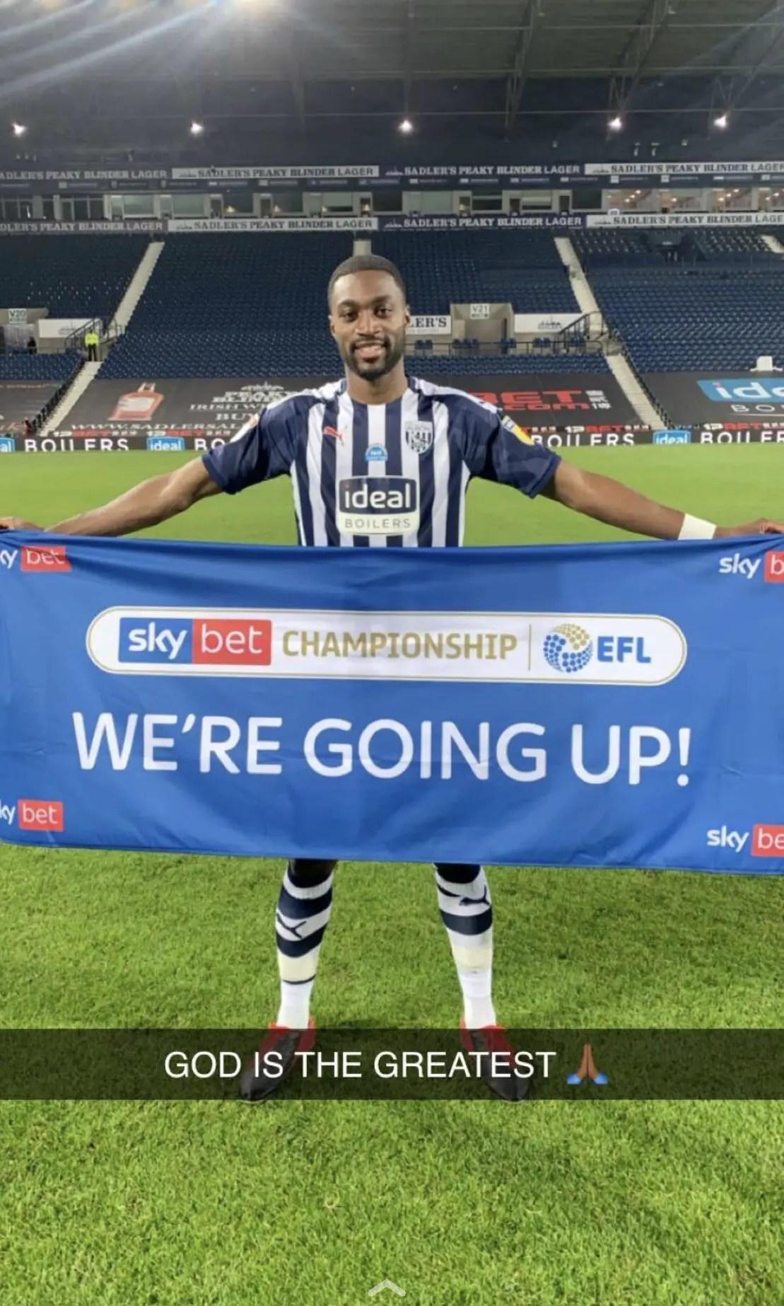Ajayi Celebrates West Brom's Premier League Promotion