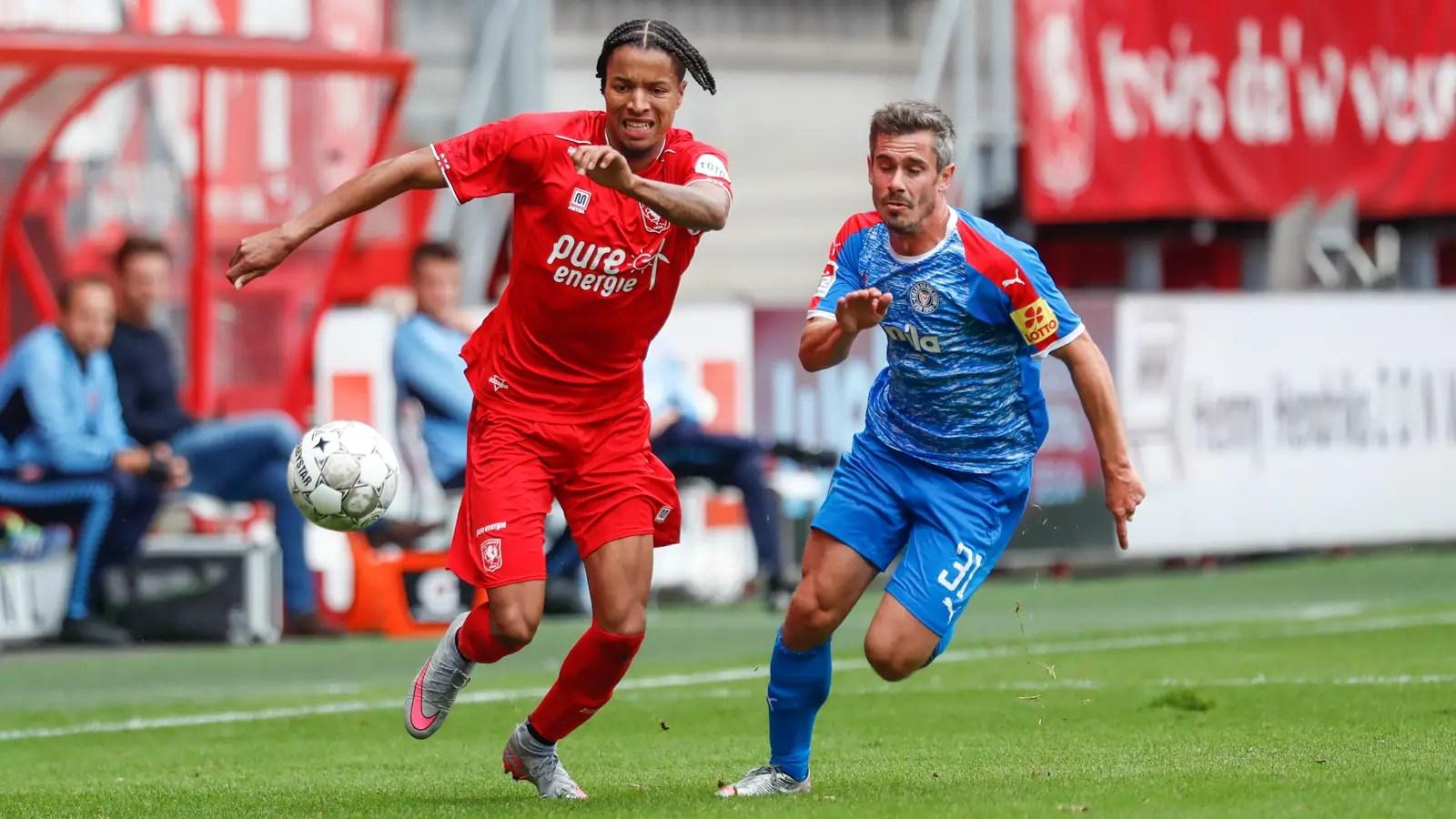 Ebuehi Debuts For Twente In Pre-season Win