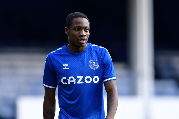 Everton Youngster Adeniran Set To Join Wycombe On Loan