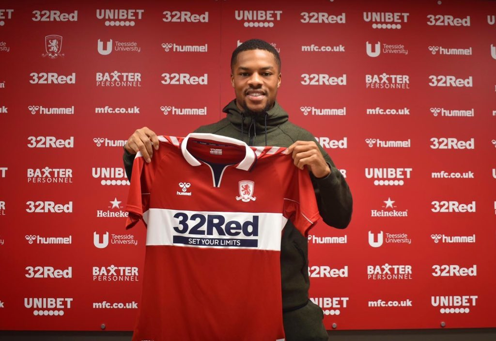 Akpom Completes Middlesbrough Move